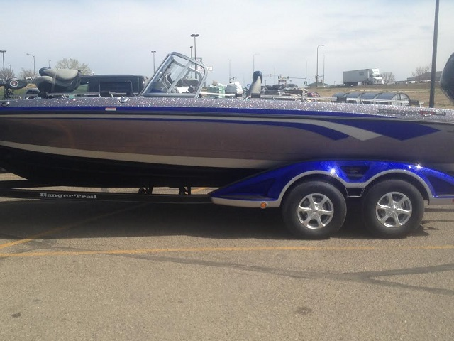 Used muskie boats for sale classified ads for Gateway motors pierre sd