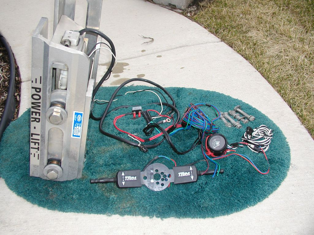 Muskiefirst Cmc Hydraulic Pl 65 W Gauge Power Lift Buy Sell And Trade Muskie Fishing
